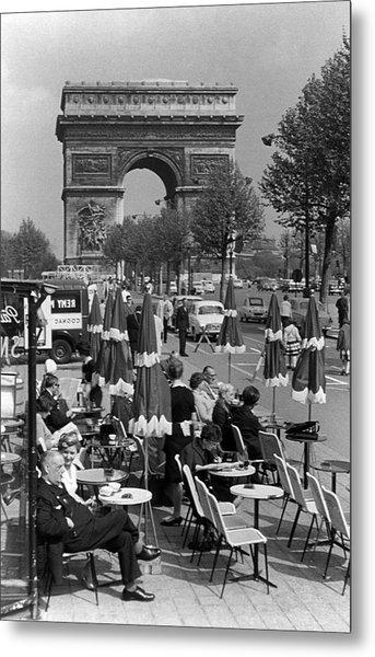 Bw France Paris Triumphal Arch 1970s Metal Print by Issame Saidi