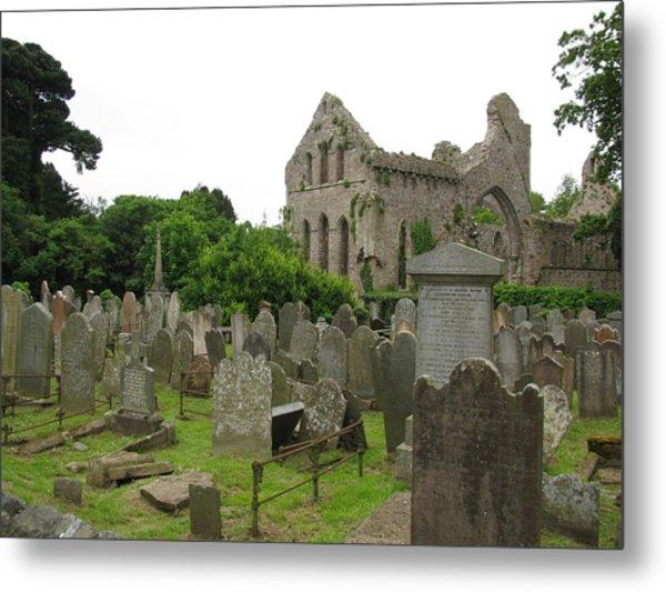 Greystone Abbey Metal Print by Lynn Lary