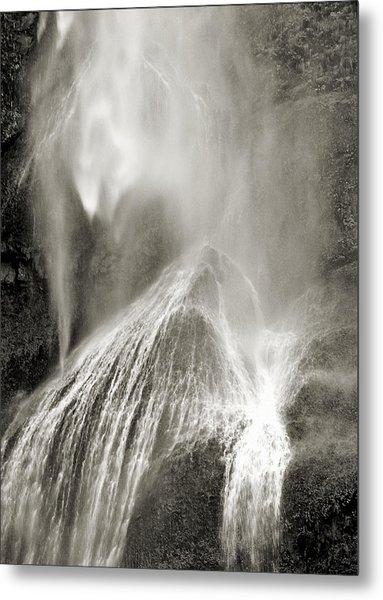 Multnomah Cascade Metal Print