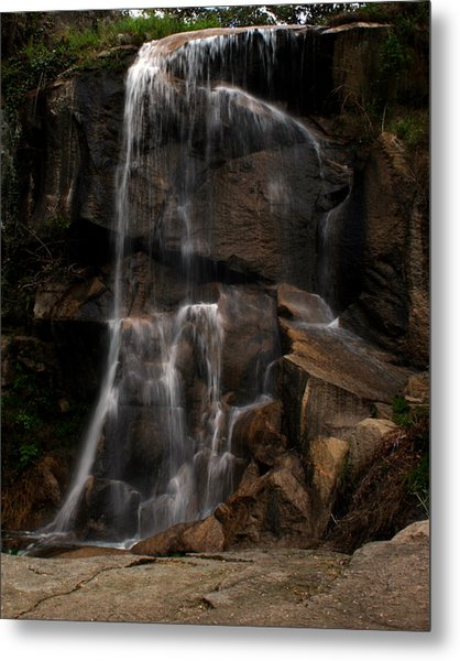 Peaceful Falls Metal Print