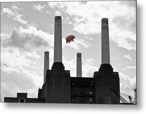 Pink Floyd Pig At Battersea Metal Print