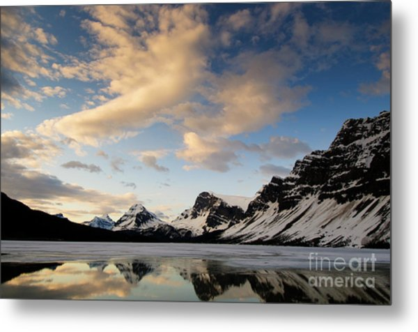 Bow Lake Metal Print by Ginevre Smith
