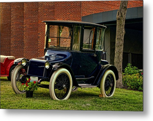 1917 Detroit Electric Model 68 Metal Print