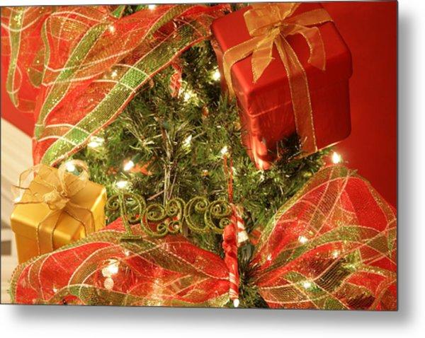 Christmas Ornaments Metal Print by Lonnie Moore