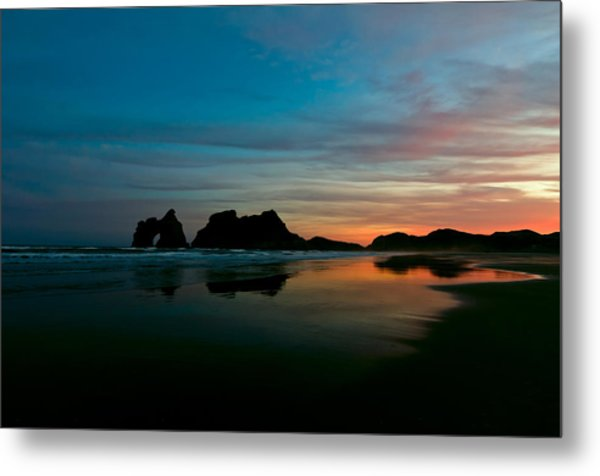 Golden Morning At A Beach  Metal Print