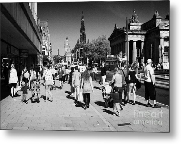 Shoppers And Tourists On Princes Street Edinburgh Scotland Uk United Kingdom Metal Print by Joe Fox