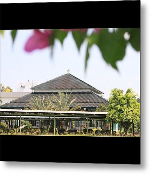 A Mosque Embraced By Nature #bahrain Metal Print