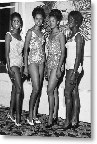 African Beauty Queens Metal Print by Leonard Burt