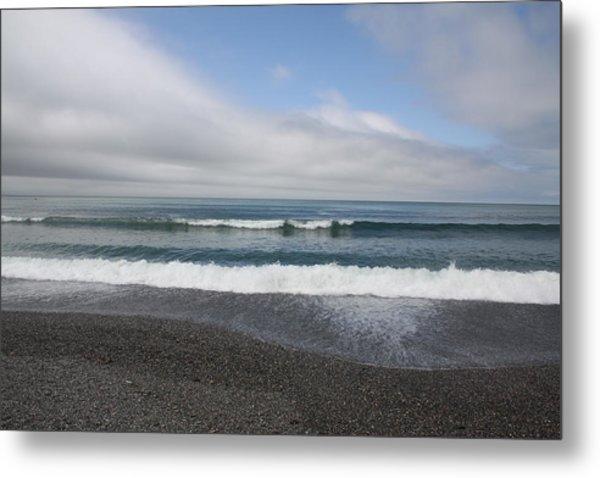 Agate Beach Surf Metal Print by Michael Picco