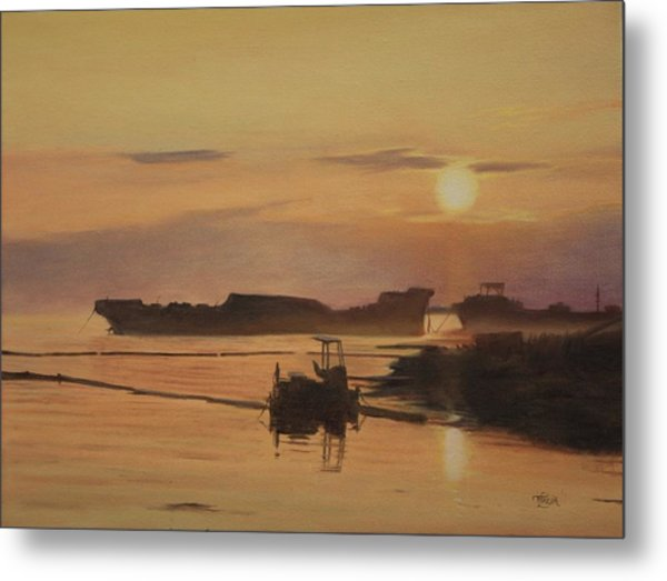At The End Of It's Day Metal Print
