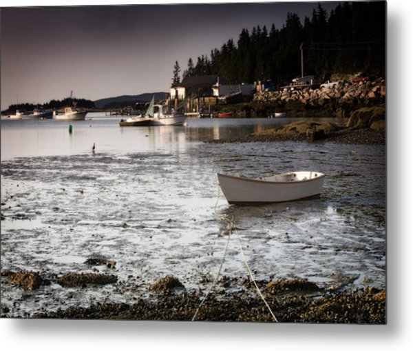 Awaiting The Tide Metal Print by Don Powers