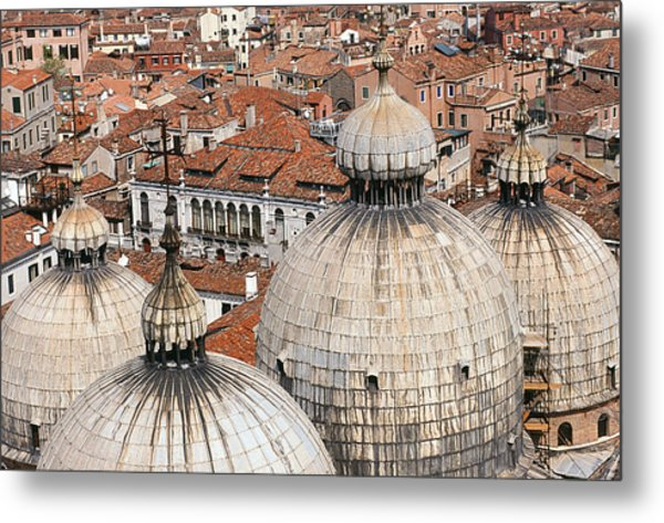 Basilica Di San Marco Metal Print by Carlos Diaz
