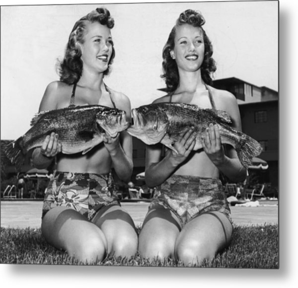 Big Mouth Billy Bass Metal Print by Archive Photos