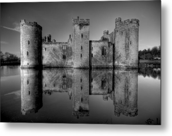 Bodiam Castle In Mono Metal Print by Mark Leader