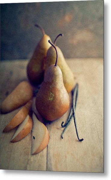 Bosc Pears And Vanilla Beans Metal Print by Anna Hoychuk