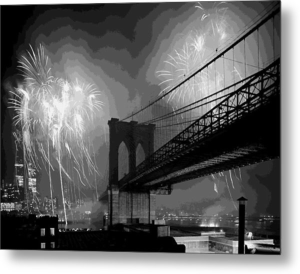 Brooklyn Bridge Fireworks Bw16 Metal Print