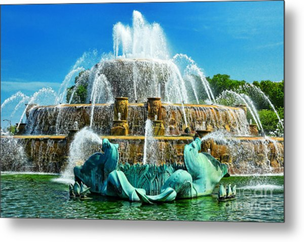 Buckingham Fountain - Chicago Metal Print by JH Photo Service