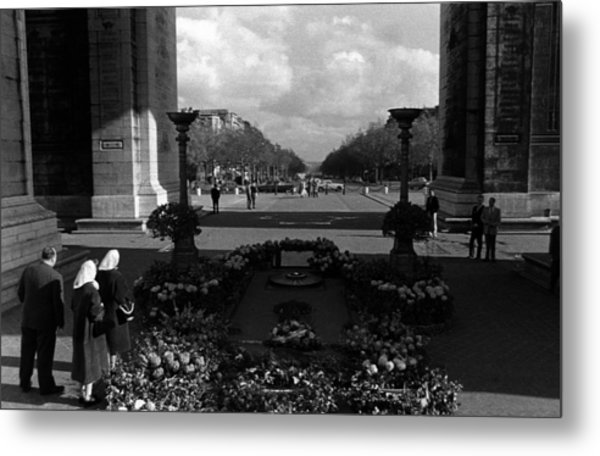 Bw France Paris Triumphal Arch Unknown Soldier 1970s Metal Print by Issame Saidi