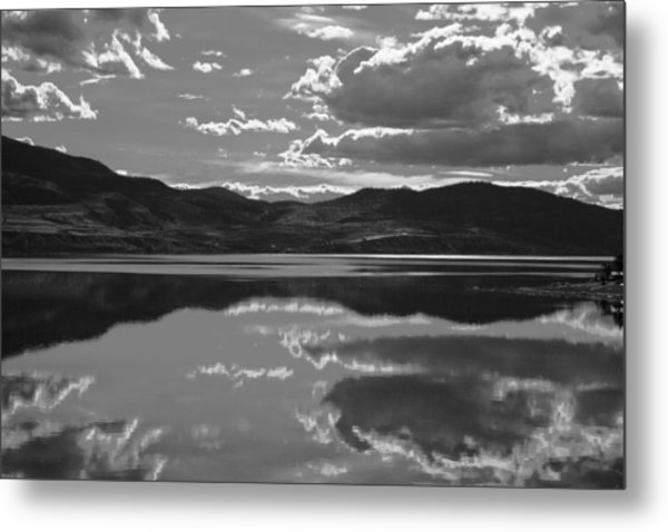 Canadian Lake 1455 Metal Print by Larry Roberson