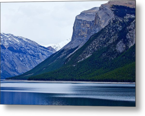 Canadian Lake 1726 Metal Print by Larry Roberson