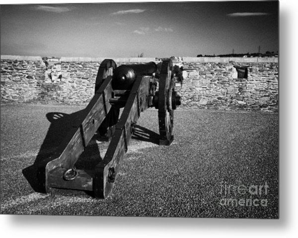 Cannon On Church Bastion Facing Out On The 17th Century Walls Of Derry Metal Print by Joe Fox