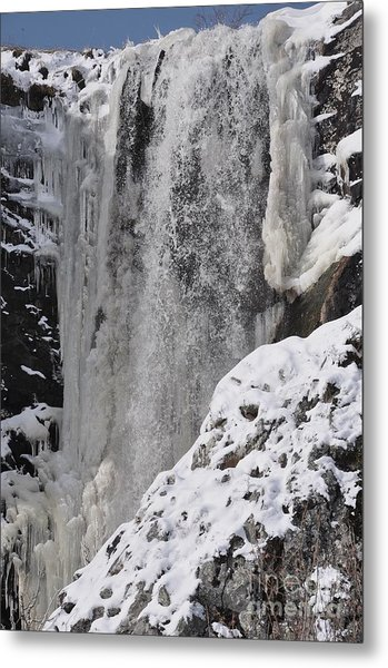 Cascade Metal Print by Sylvie Leandre