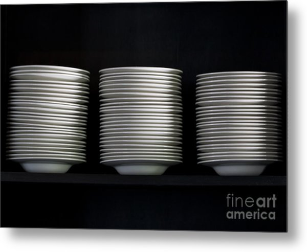 Clean White No.2 Metal Print by Chavalit Kamolthamanon