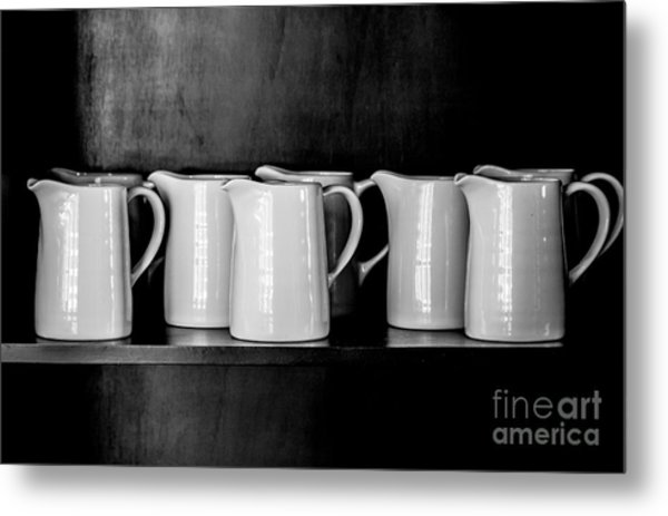 Clean White No.4 Metal Print by Chavalit Kamolthamanon