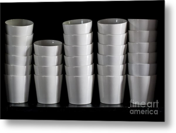 Clean White No.5 Metal Print by Chavalit Kamolthamanon