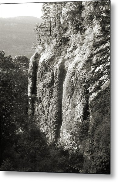 Cliff Face Columbia River Gorge  Metal Print