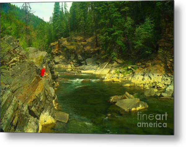 Cliff Over The Yak River Metal Print