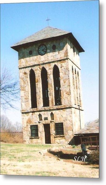 Clock Tower At Chinqua-penn Metal Print