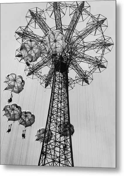 Coney Island Ride Metal Print by Archive Photos