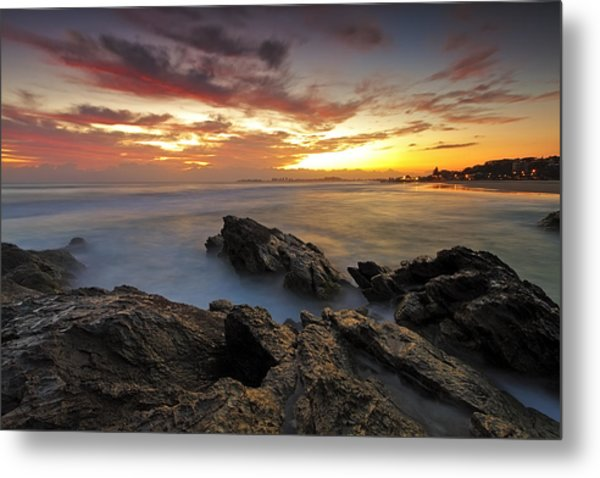 Dawn At The Rocks Metal Print