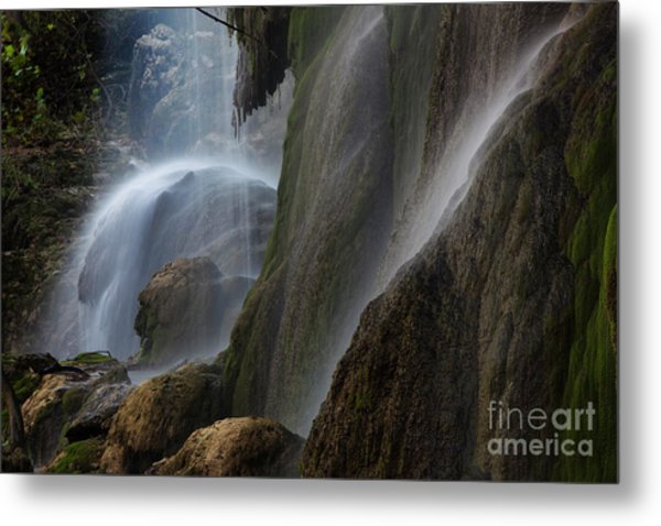 Detailed View Of Gorman Falls Metal Print