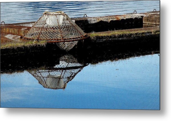 Do Not Stack Pots Here Metal Print by Susan Stephenson