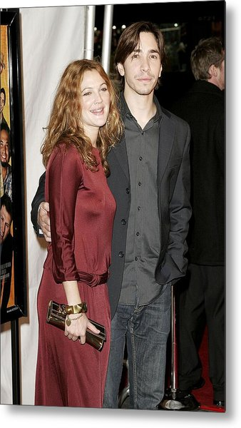 Drew Barrymore Wearing A Gucci Dress Metal Print by Everett