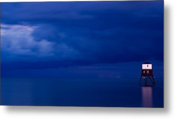 Faro Metal Print by Guillermo Luengas