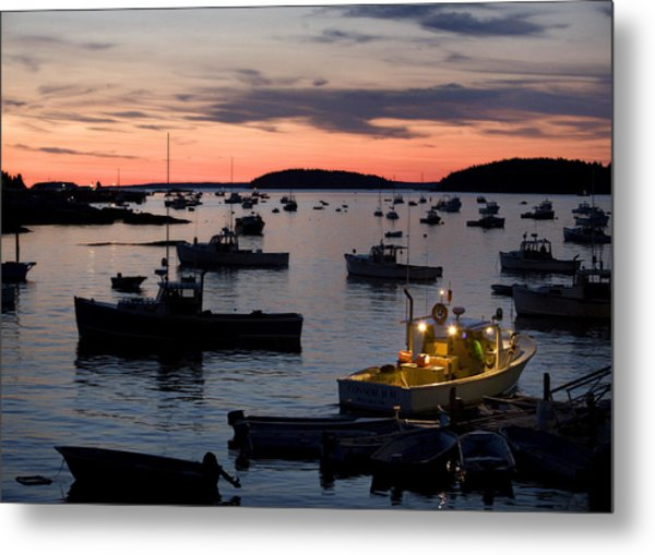 First Light Metal Print by Don Powers