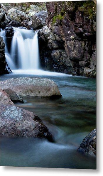 Flowing Falls Metal Print