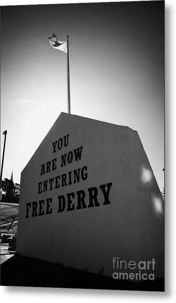Free Derry Corner Bogside Ireland Metal Print