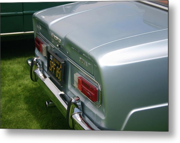 Giulia Ti Metal Print by Fred Russell