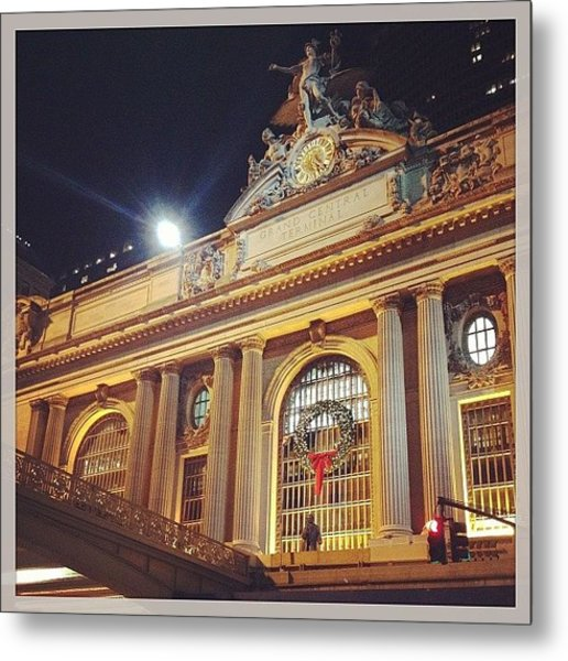 Grand Central Christmas Wreath Metal Print