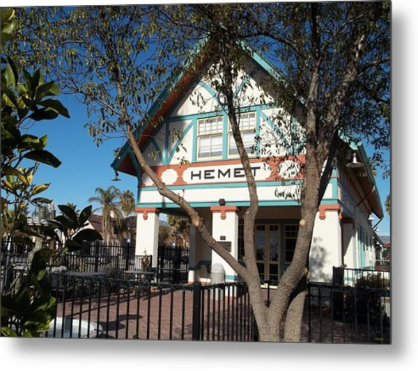 Hemet Museum-old Santa Fe Depot Metal Print