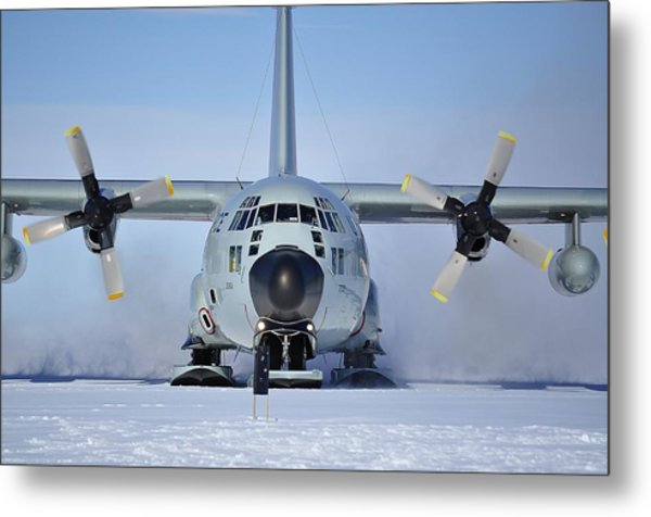 Hercules Lc130h Metal Print by David Barringhaus