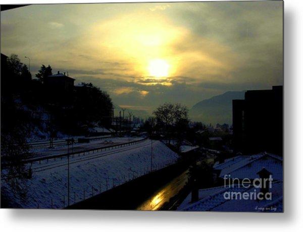 in Ticino una mattina presto guardando verso Brunate  Metal Print