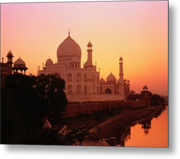 India,agra,taj Mahal And River Yamuna,sunset Metal Print by David Sutherland