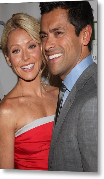 Kelly Ripa, Mark Consuelos At Arrivals Metal Print by Everett