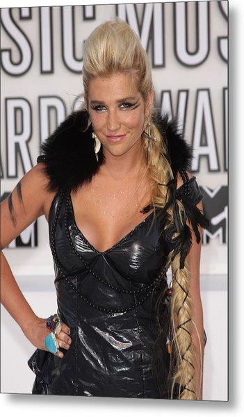 Kesha At Arrivals For 2010 Mtv Video Metal Print