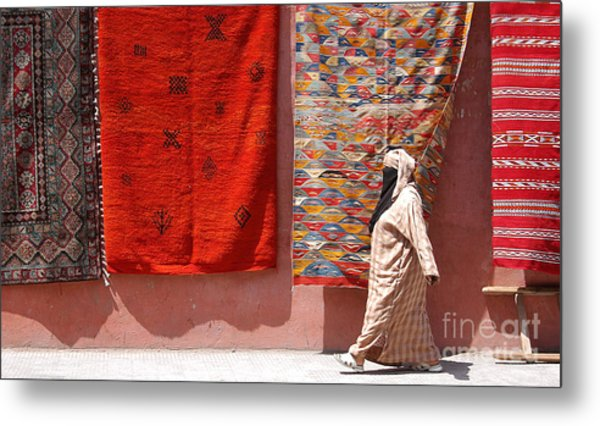 Lady And The Carpets Metal Print by Steve Goldstrom